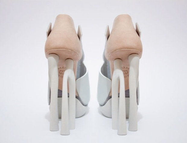 Chaemin-Hong-Bone-Inspired-3D-Printed-Shoes-High-Heels-Pumps-4