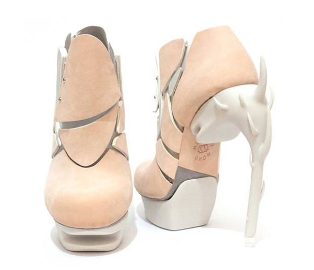 Chaemin-Hong-Bone-Inspired-3D-Printed-Shoes-High-Heels-Pumps-5