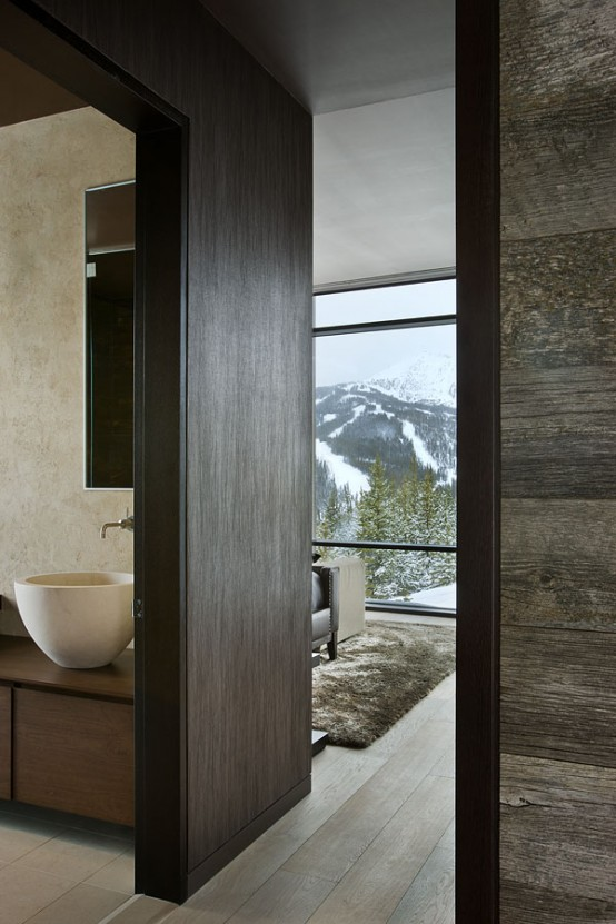 remote-mountain-chalet-with-luxury-inside-and-outside-15-554x831