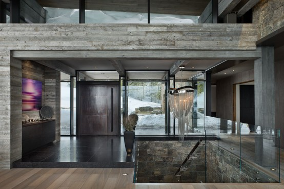remote-mountain-chalet-with-luxury-inside-and-outside-17-554x369