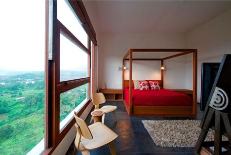 dezeen_Khopoli-House-by-Spasm-Design-Architects_25