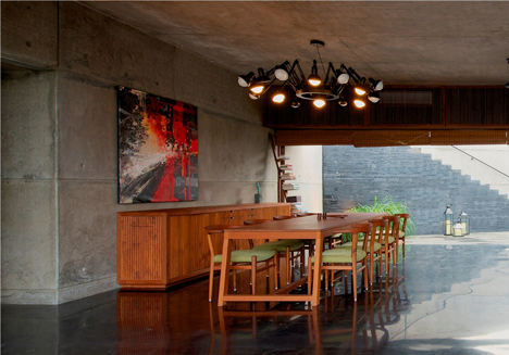 dezeen_Khopoli-House-by-Spasm-Design-Architects_91