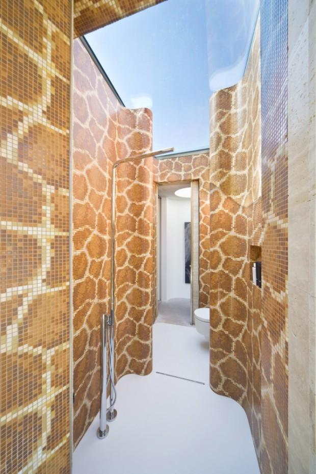 5244fd8de8e44ecb170001c5_house-iv-de-bever-architecten_de_bever_architecten__house_iv__shower-room__glazed_ceiling-666x1000