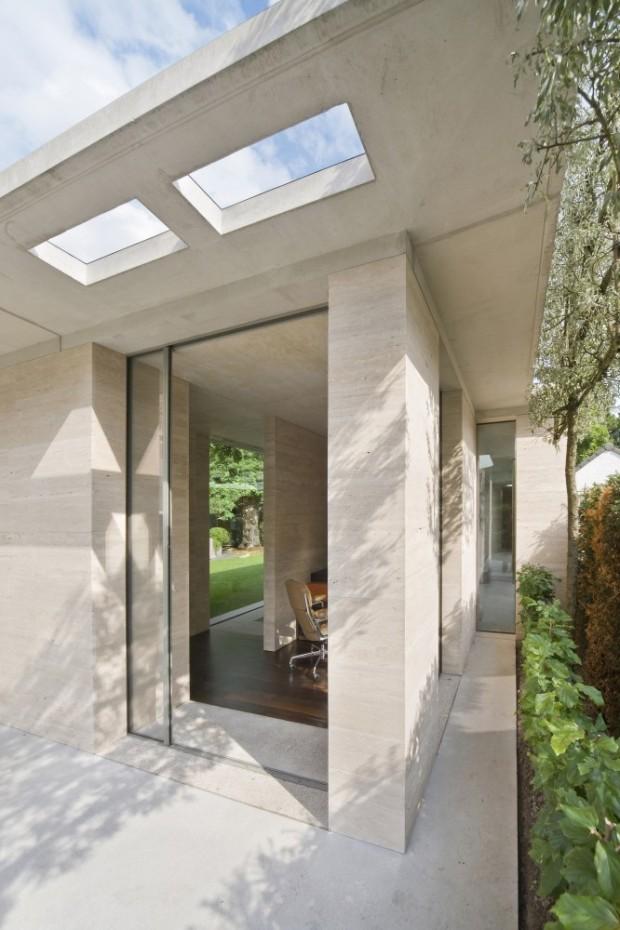 5244fdbae8e44e67bf0001aa_house-iv-de-bever-architecten_de_bever_architecten__house_iv__study_room-666x1000