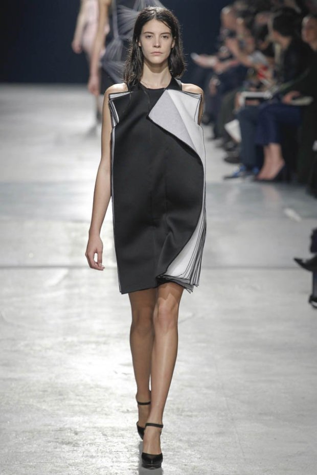 christopher-kane-fall-winter-2014-show51