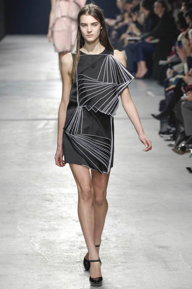 christopher-kane-fall-winter-2014-show52