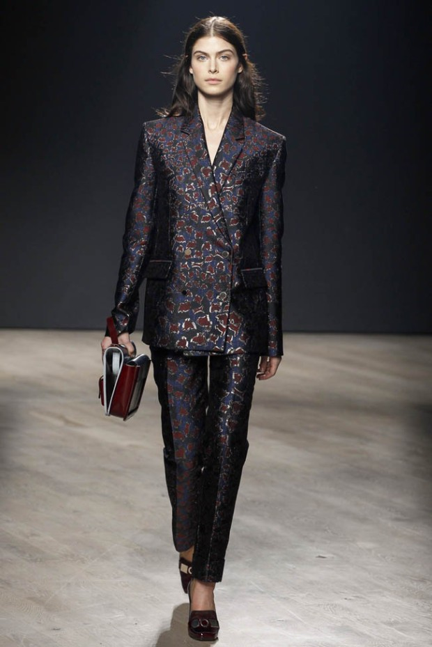 mary-katrantzou-fall-winter-2014-show16