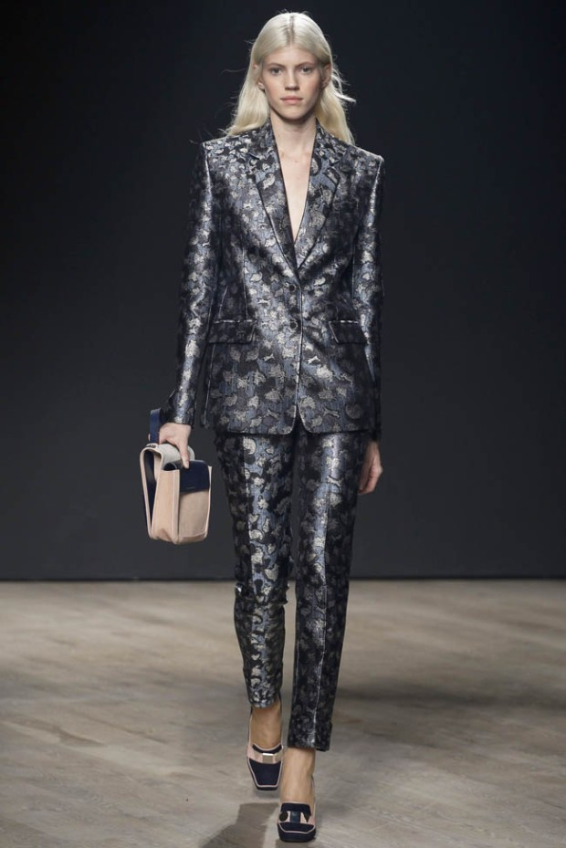 mary-katrantzou-fall-winter-2014-show18