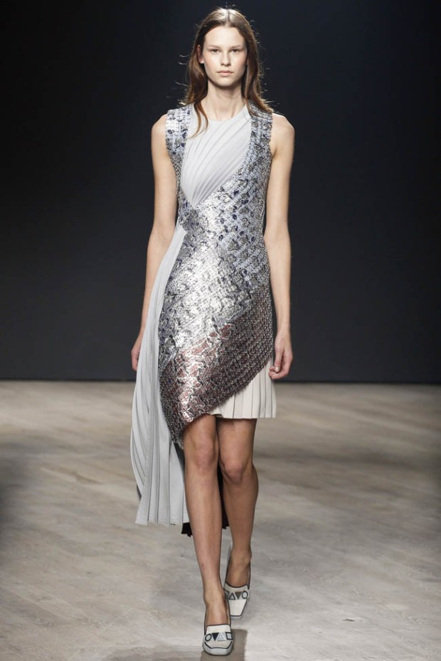 mary-katrantzou-fall-winter-2014-show20