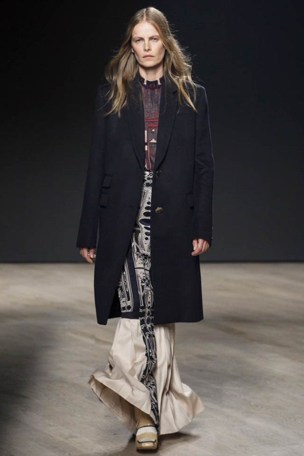 mary-katrantzou-fall-winter-2014-show33