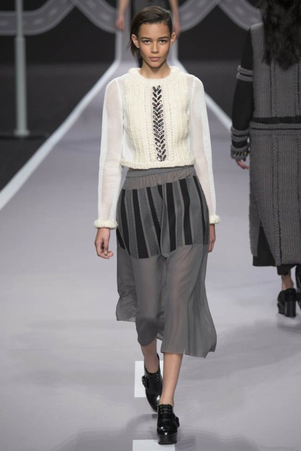 viktor-rolf-fall-winter-2014-show37