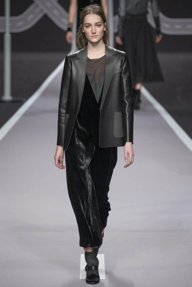 viktor-rolf-fall-winter-2014-show41