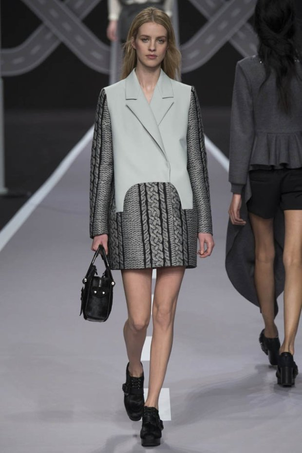 viktor-rolf-fall-winter-2014-show8