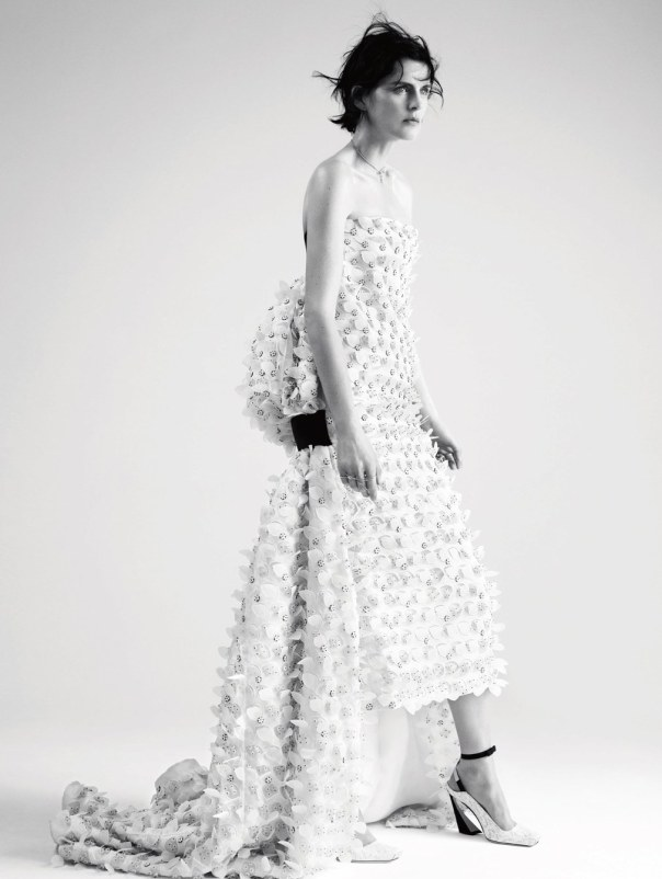 stella-tennant-by-willy-vanderperre-for-dior-magazine-6-1