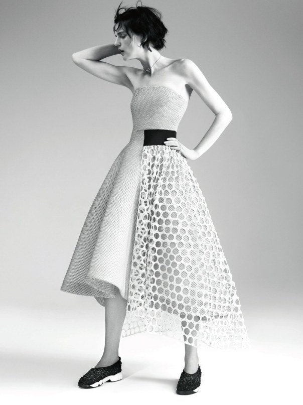 stella-tennant-by-willy-vanderperre-for-dior-magazine-6-2
